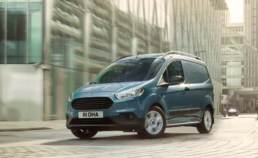 nuovo Ford Transit Courier