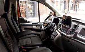 Nuovo Ford Transit Custom funzionale e versatile