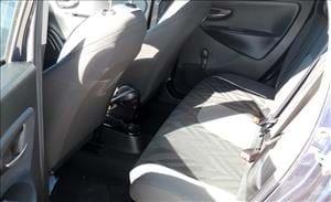 Lancia Ypsilon city car elegante e sfiziosa