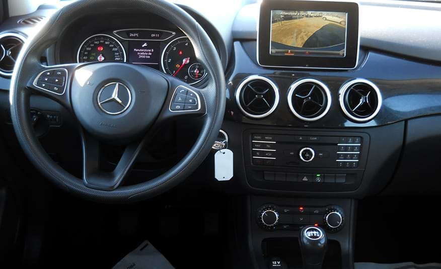 Classe B, la monovolume Mercedes elegante
