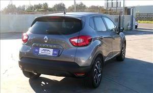 Renault Captur un piccolo SUV comodo e pratico