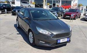Ford Focus una berlina concreta e versatile