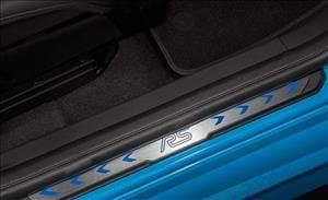 Icona leggendaria. Look impeccabile. Prestazioni straordinarie. Nuova Ford Focus RS è stata progettata per eccellere